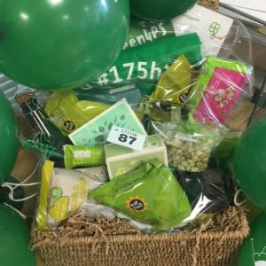 go-green-kings-college-hamper-crop